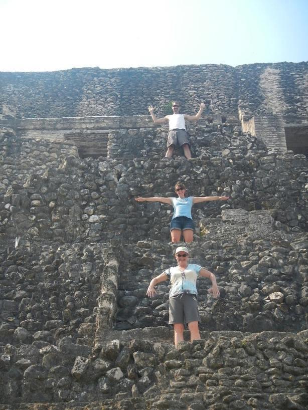 Belize 2013 Expedition Xunantunich 057