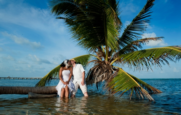 tropical-wedding-in-belize